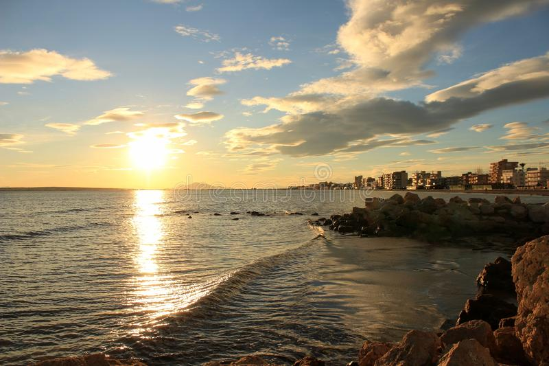 Coucher du soleil en Santa Pola photo libre de droits