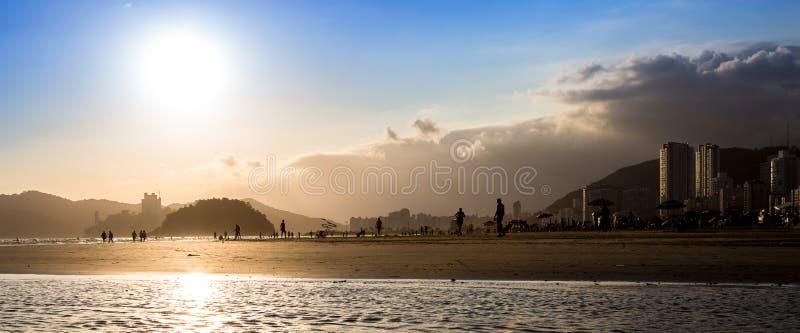Coucher du soleil en Santos images stock
