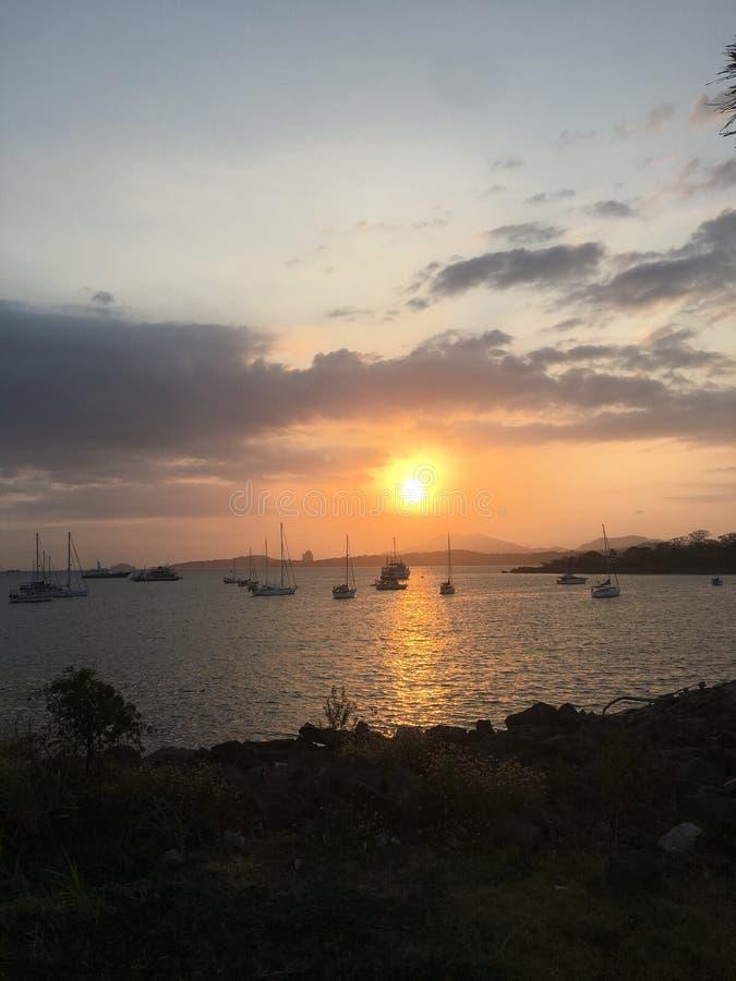 Coucher du soleil du Panama image stock