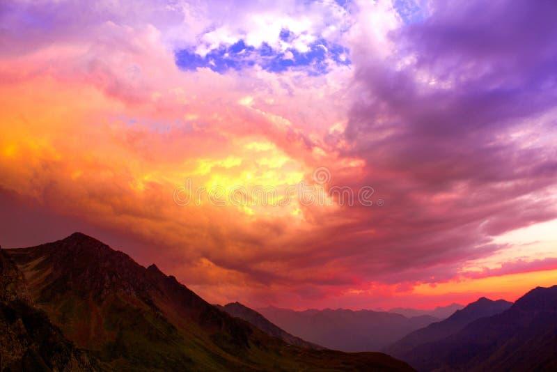 Coucher du soleil - parc national du Cevennes photographie stock libre de droits