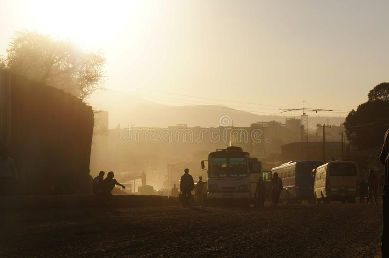 Coucher du soleil poussiéreux en Afrique images stock