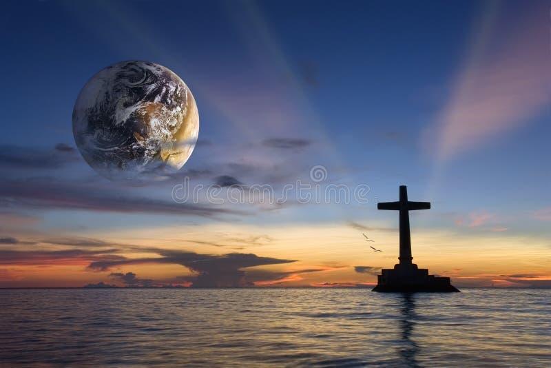 coucher du soleil religieux global tropical photos stock