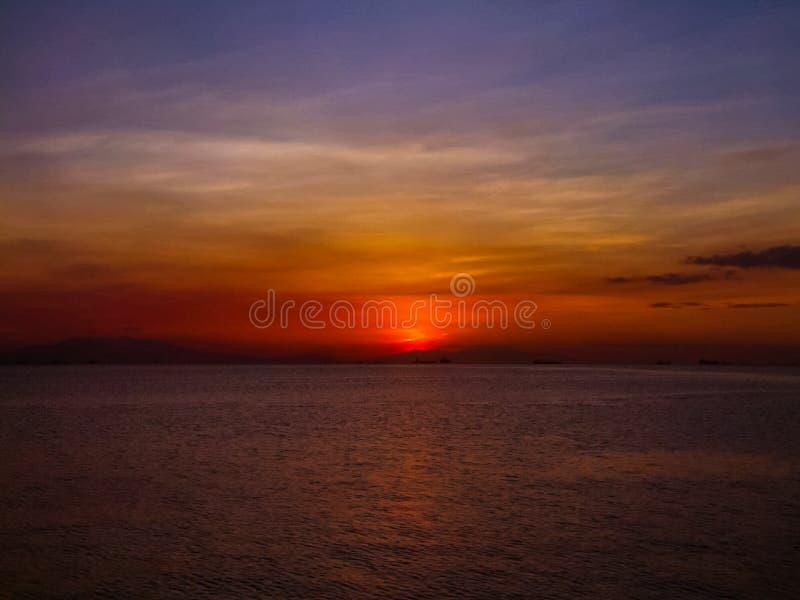 Coucher du soleil renversant photographie stock