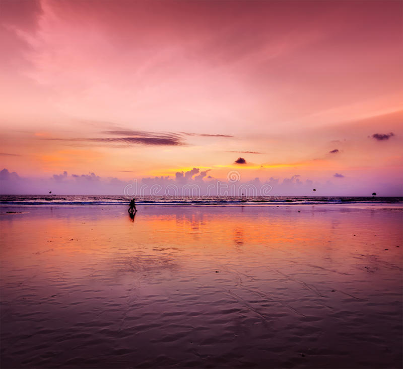 Coucher du soleil romantique, Goa, Inde photo libre de droits