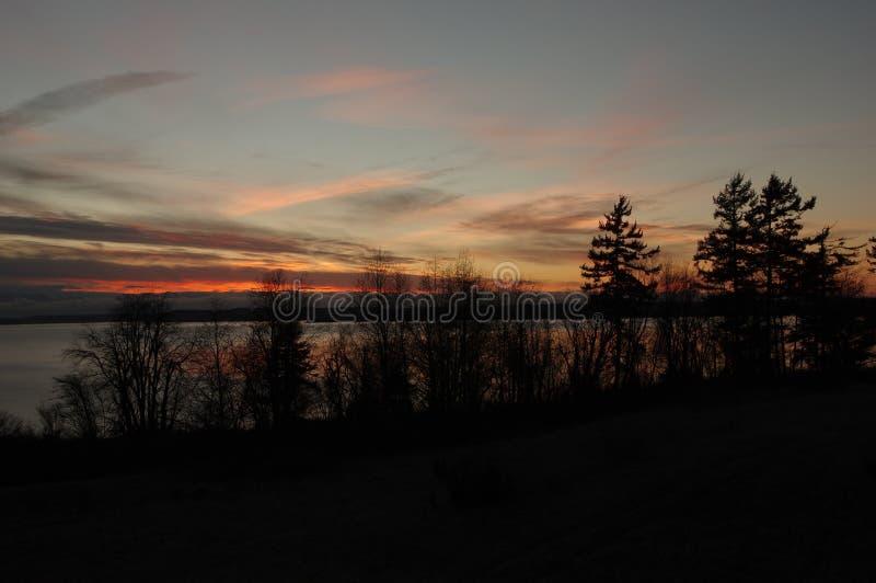 Coucher du soleil sur l'île de Whidbey photographie stock