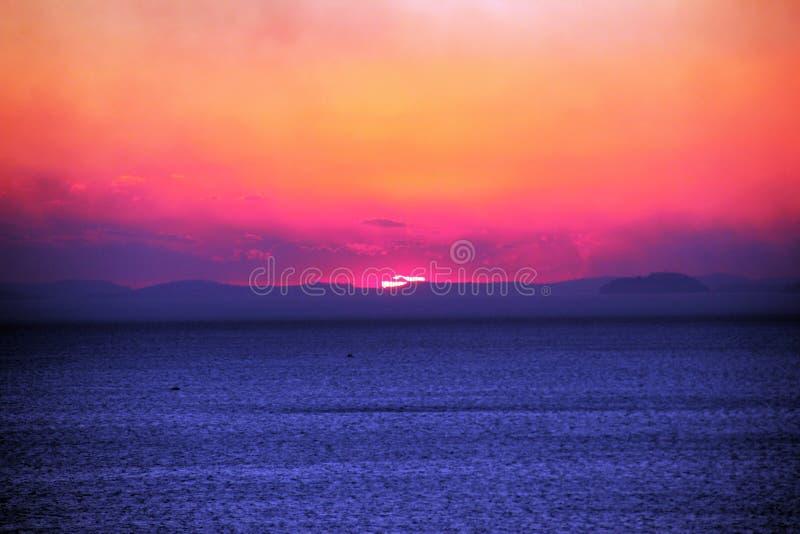 Coucher du soleil sur la côte de Sorrente images stock
