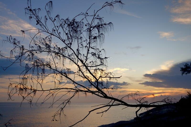 Coucher du soleil sur la mer d'Andaman image libre de droits