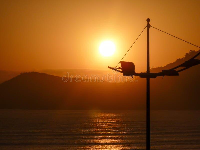 Coucher du soleil sur la plage brésilienne image stock