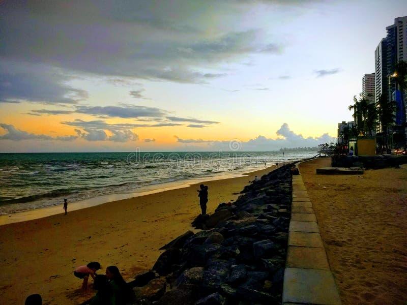 Coucher du soleil sur la plage de Viagem de boa images stock