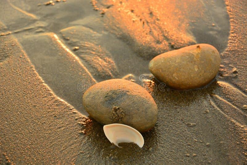 Coucher du soleil sur la plage, Equateur image stock