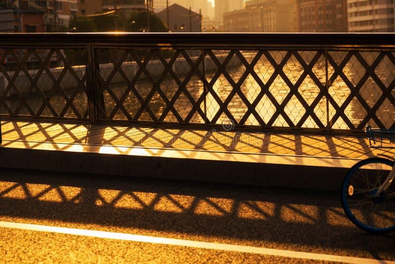 Coucher du soleil sur la rivière Suzhou image stock