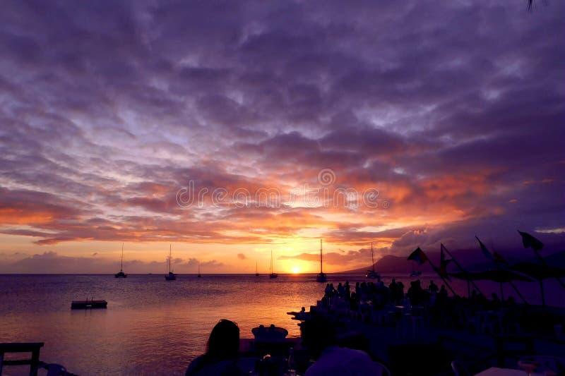Coucher du soleil sur le dock 1 image libre de droits