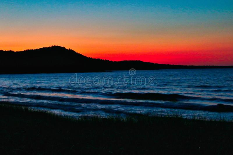 Coucher du soleil sur le lac Supérieur, Marquette, Michigan, Etats-Unis photos stock