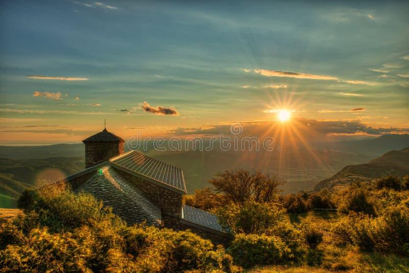 Coucher du soleil sur mt Nanos au-dessus de vallée Slovénie Europe centrale de Vipava photo stock