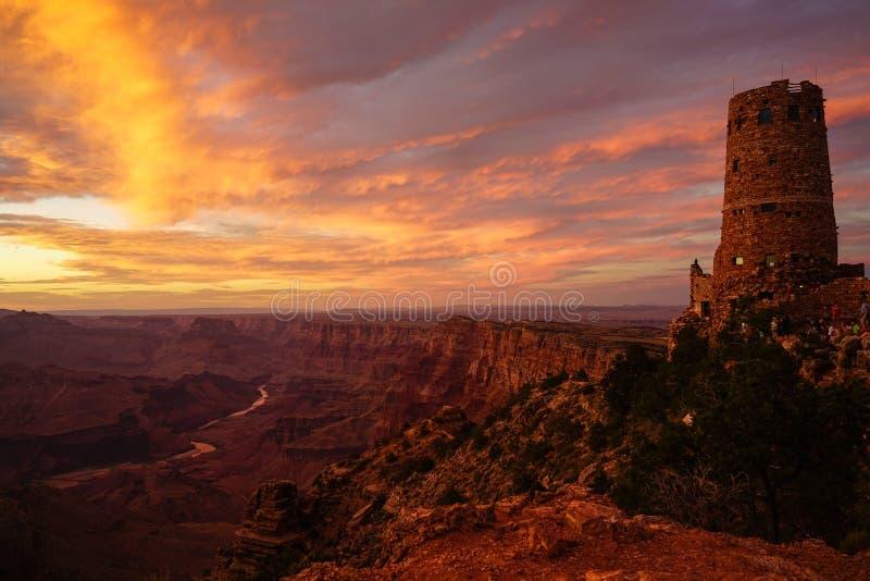 Coucher du soleil, tour de guet et le parc national de Grand Canyon photos stock