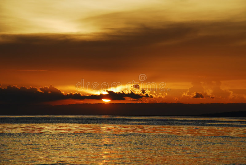 Coucher du soleil tropical de chocolat photo stock