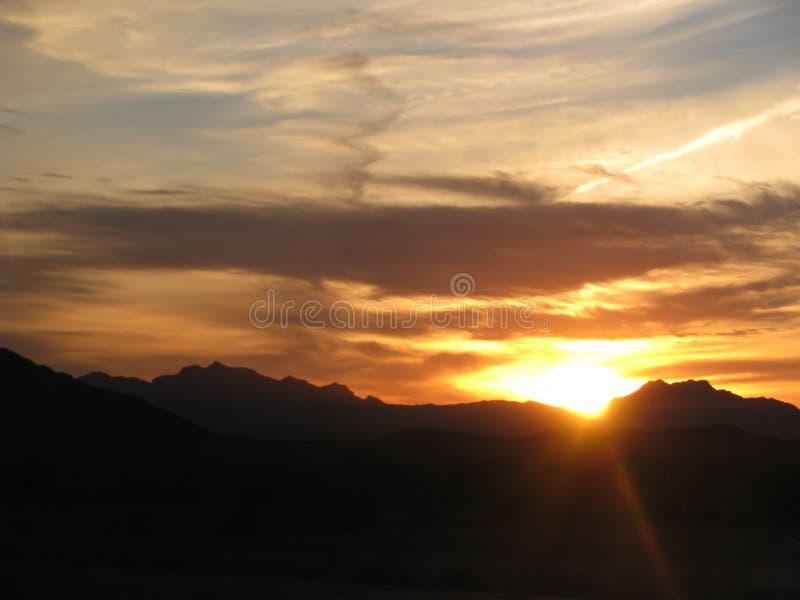 Coucher du soleil v1 de désert de l'Arizona image stock