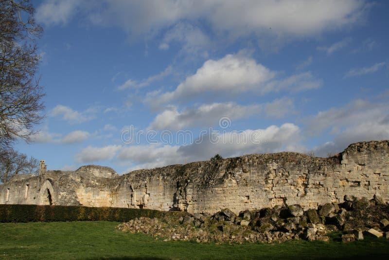 Coucy le Chateau城堡在法国 免版税图库摄影