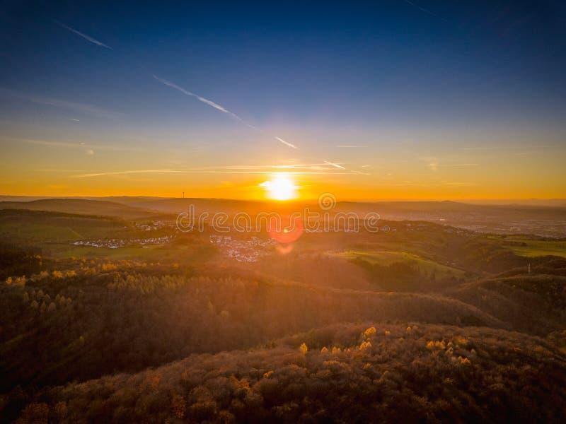 Couleurs de coucher du soleil de l'Allemagne de nature de bourdon photo libre de droits