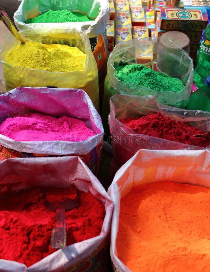 Couleurs de festival de Holi en Inde image libre de droits