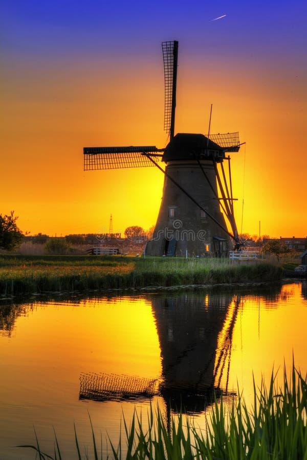 Couleurs de moulin à vent photographie stock libre de droits