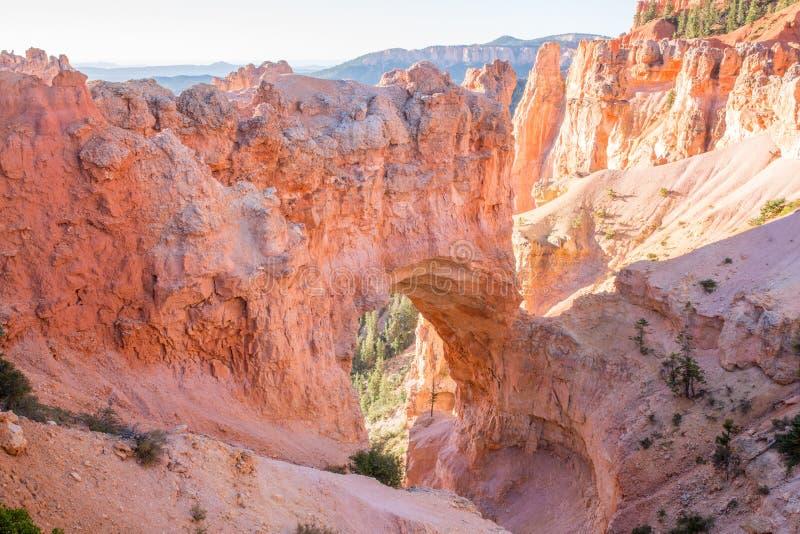 Couleurs naturelles de matin de pont, Bryce Canyon National Park, Utah, Etats-Unis photo libre de droits