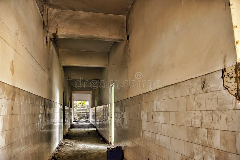 Couloir abandonné photos libres de droits