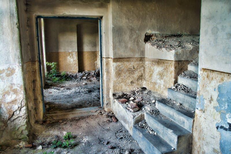 Couloir abandonné dans HDR photographie stock