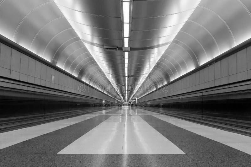 Couloir d'aéroport images stock