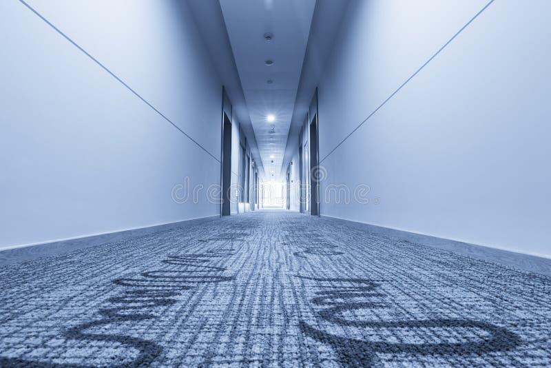 Couloir Dans L Hotel Et Le Tapis Photo Stock Image Du Bureau