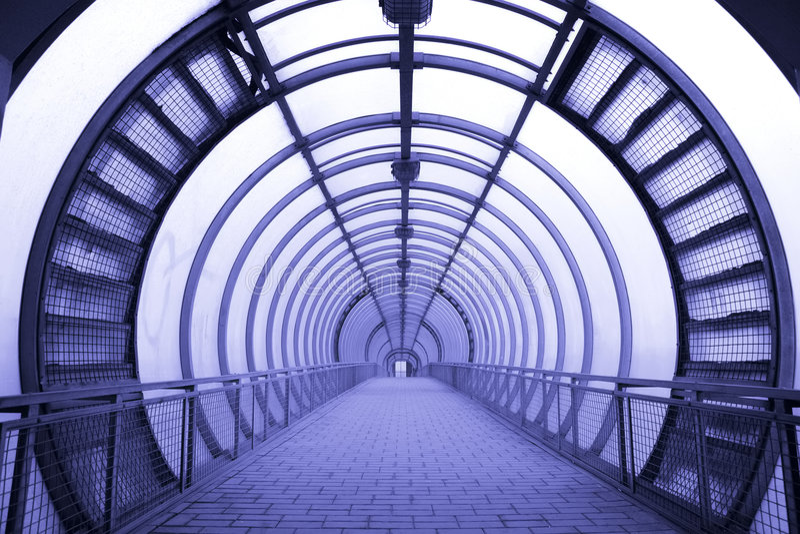 Couloir en verre futuriste images libres de droits