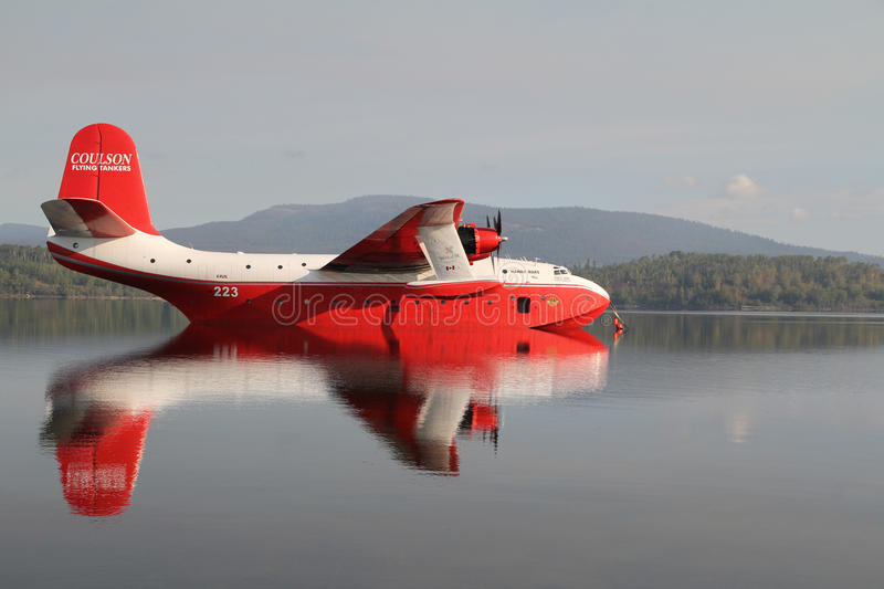 Download Coulson Flying Tankers Editorial Stock Image - Image: 15893739