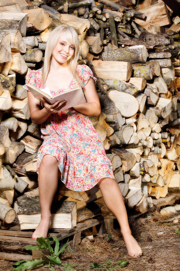 Download Country Girl Reading A Book Stock Image - Image of non, nature: 31033601