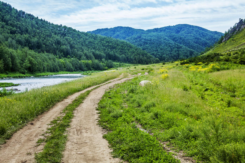 Country Road In The Valley. Royalty Free Stock Images