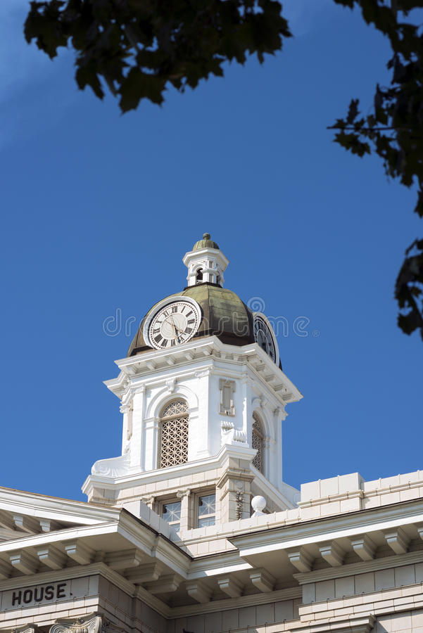 Free County Courthouse Clock Tower Through Trees In Missoula, Montana Royalty Free Stock Photography - 53117937