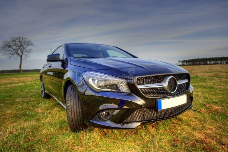 Coupé nuovissimo del CLA di Mercedes Benz, sideview fotografie stock libere da diritti