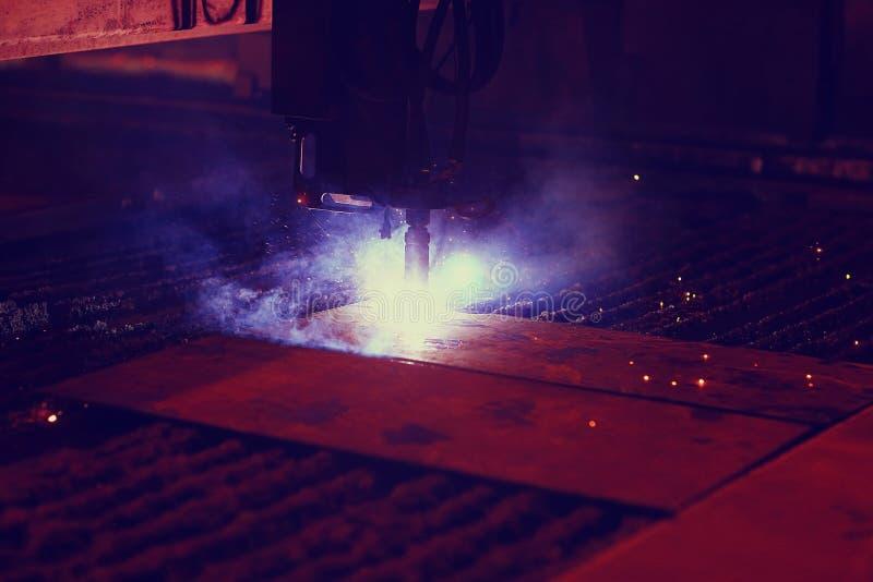 Coupe de plasma de métal image stock