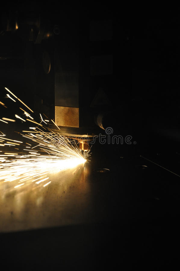 Coupeur industriel de laser photos libres de droits