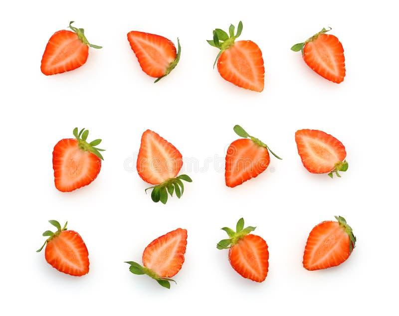 Coupez à la fraise de baie de morceaux d'isolement image stock