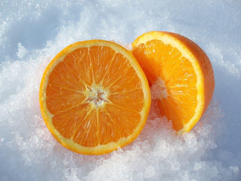 Coupez l'orange image stock