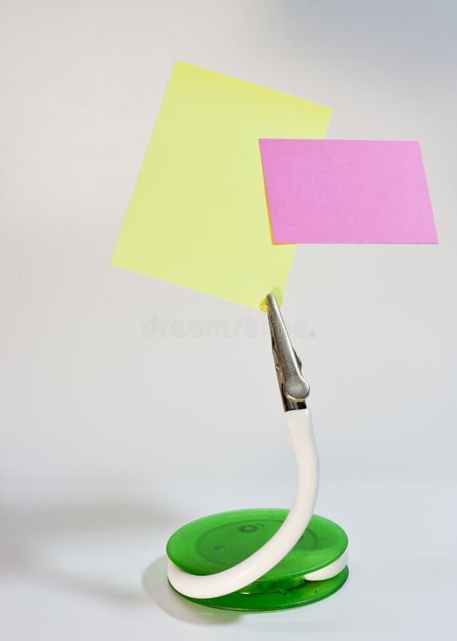 Coupez la note de stand et de post-it image stock