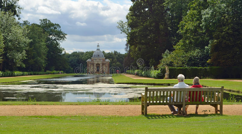 Couple on Bench Wrest Park royalty free stock photos