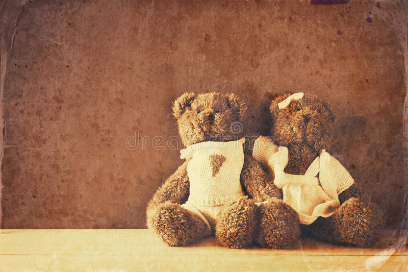 couple of cute teddy bears hugging royalty free stock photo