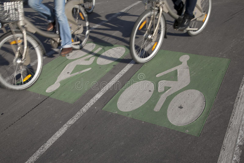Download Couple Of Cyclists On Bike Lane Stock Photo - Image: 22655198