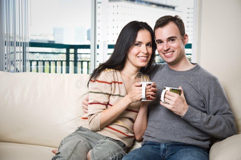couple happy home relaxing στοκ φωτογραφίες
