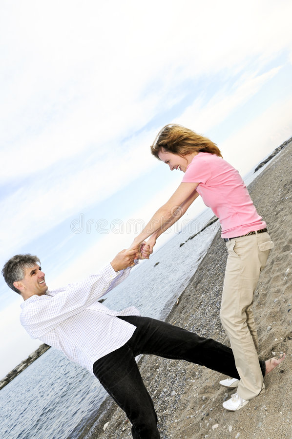 couple happy mature στοκ εικόνα με δικαίωμα ελεύθερης χρήσης