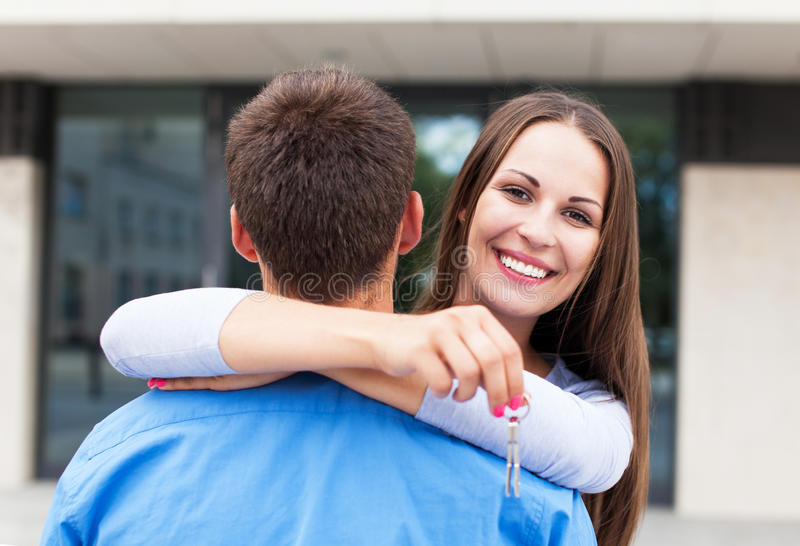 Download Couple With Keys To New Home Stock Image - Image: 32534759