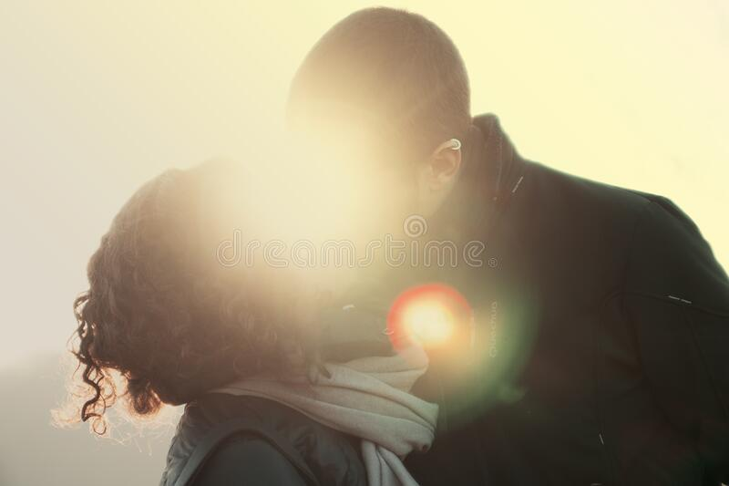 Couple Kissing With Lens Flare Free Public Domain Cc0 Image