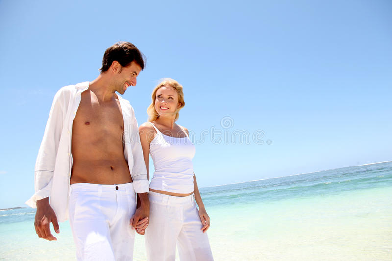 Download Couple On Paradisiacal Beach Stock Photo - Image: 22085386