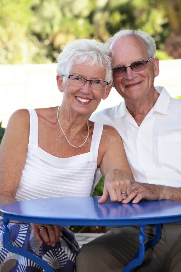 couple radiant senior στοκ εικόνες με δικαίωμα ελεύθερης χρήσης